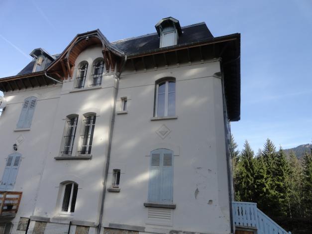 Fenêtre PVC avec ouverture à la française